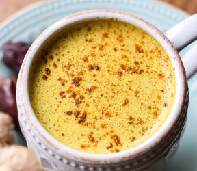 Medjool Date Turmeric Latte